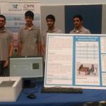 4 طلاب يبتكرون جهازاً لقياس «السكر» دون عينة دم