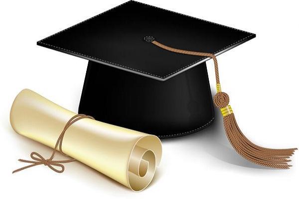حاكم الشارقة يعتمد 600 منحة دراسية
