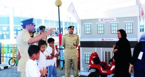 «مرور دبي» تستحدث برنامج توعية في المدارس