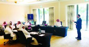 كلية محمد بن راشد للإدارة الحكومية تطلع وفداً سعودياً على تجربة الإمارات في التحول الذكي