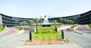 جامعة الإمارات تحصل على جائزة التميز في «المعلومات الجغرافية»