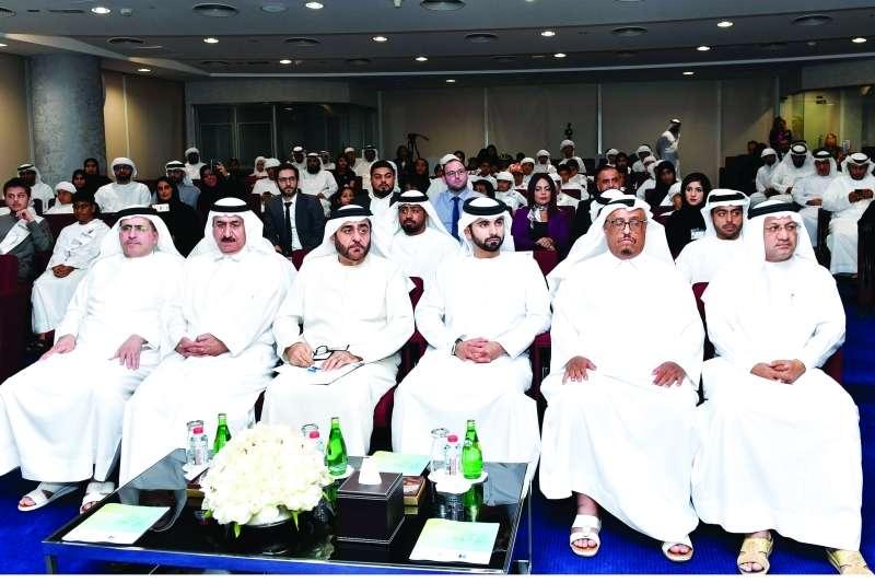 منصور بن محمد يكرم الفائزين بـ «المبرمج المواطن المبتكر»