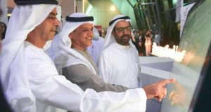 سيف بن زايد يدشّن مركز «الابتكار» في جامعة الإمارات