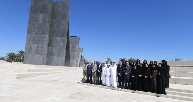 وفد جامعة محمد الخامس في أبوظبي يزور واحة الكرامة