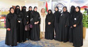 «هيئة المعرفة» في دبي تعزّز دور الأم في العملية التعليمية