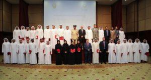 جامعة عجمان تكرّم خرّيجي دبلوم مناهج البحث العلمي