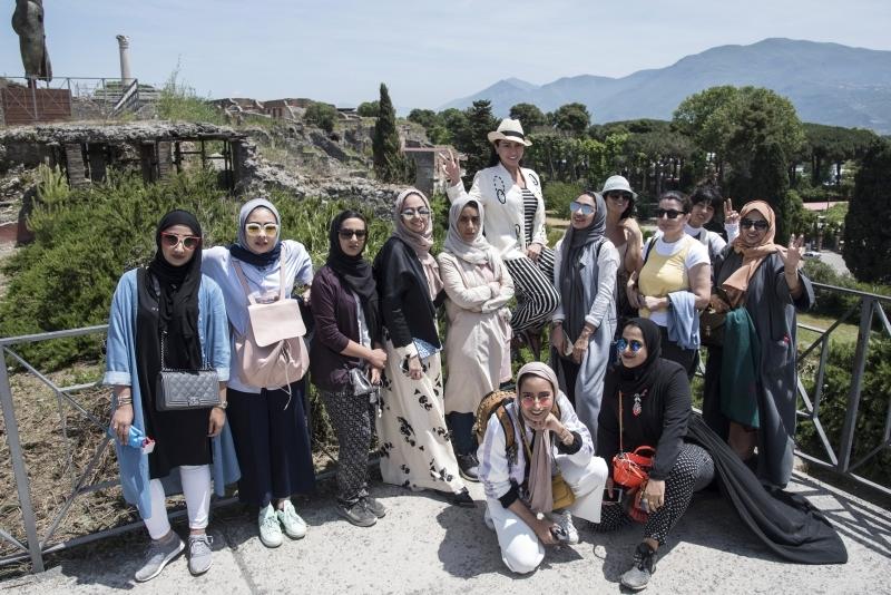 طلبة جامعة زايد يشاركون في مسابقة لـ«تبادل الحضارات»