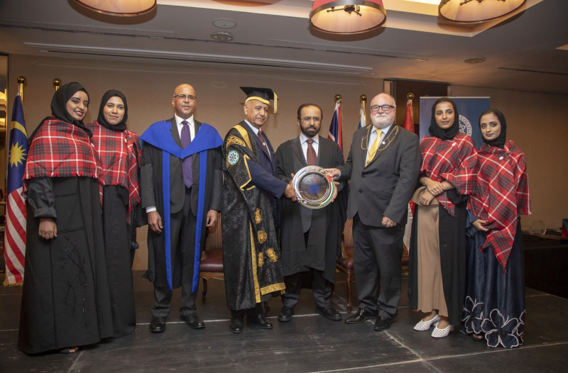 كلية آل مكتوم بإسكتلندا تحتفل بتخريج الدورة 26 لبرنامج التعددية الثقافية