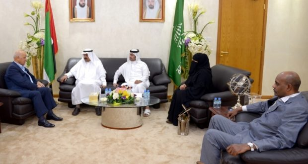بحث أوجه التعاون بين جامعة الشارقة والملحقية الثقافية السعودية