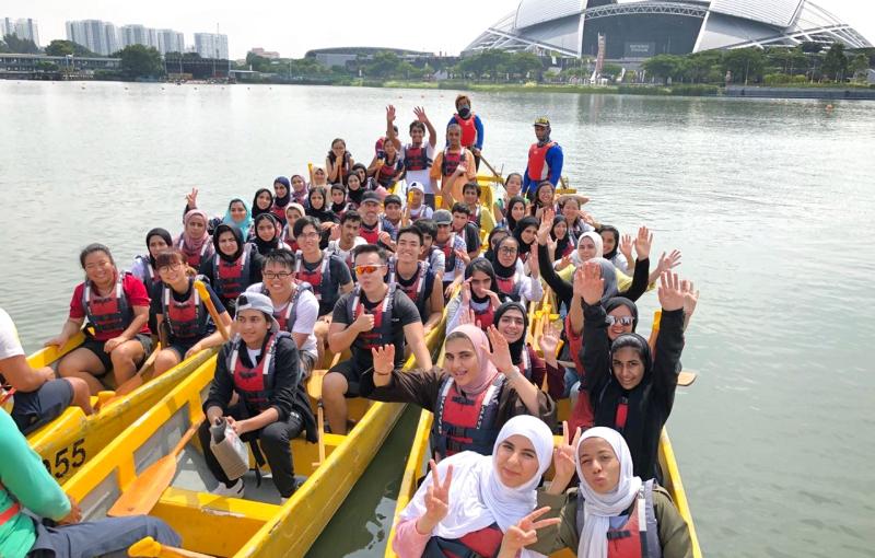 سفراء المستقبل يطّلعون على تجارب أكاديمية لجامعات في أميركا وسنغافورة
