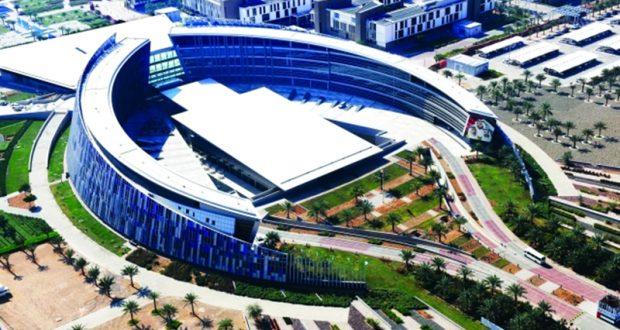 384 مستجداً في برامج الدراسات العليا بجامعة الإمارات